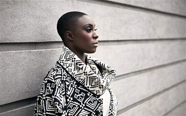 Laura Mvula – She [+worried about festival stages]